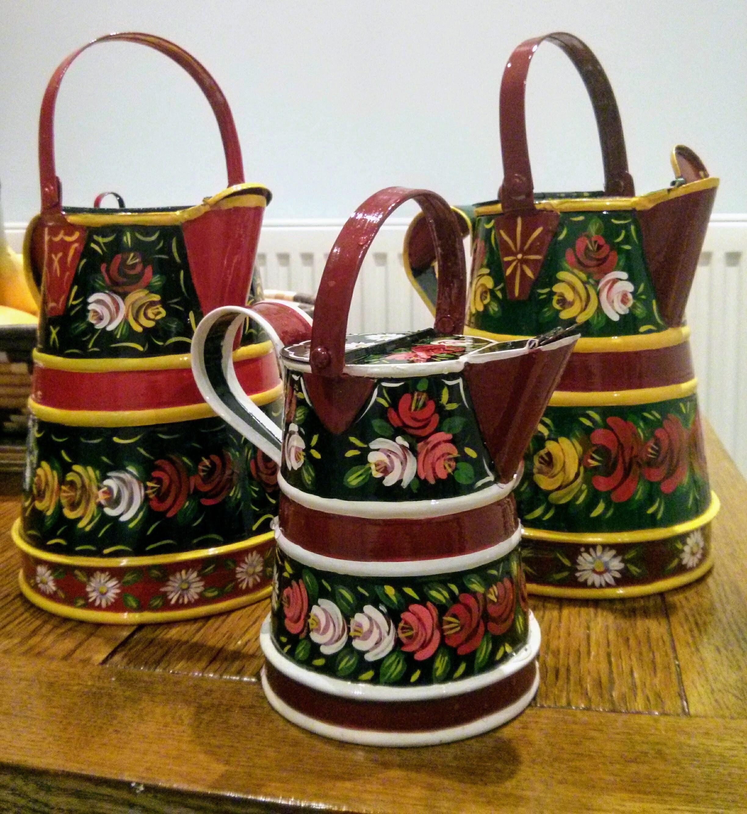 bucbky cans, canalart, handpainted, roses, narrowboat