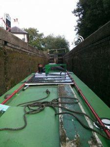 narrowboat, lock, watford flight, narrow lock, shabby