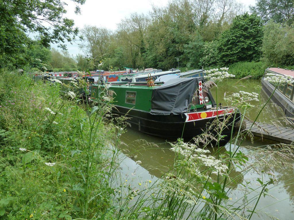 narrowboat, welford, mooring