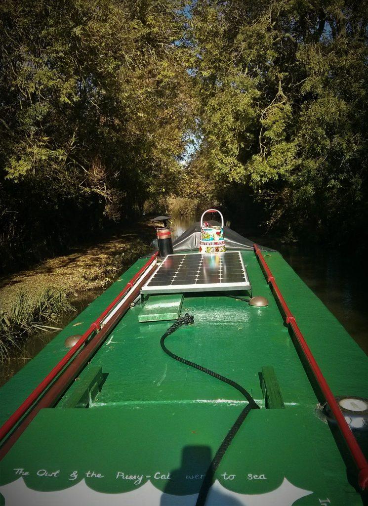narrowboating, narrowboat adventure, welford arm, barney boat, blacking