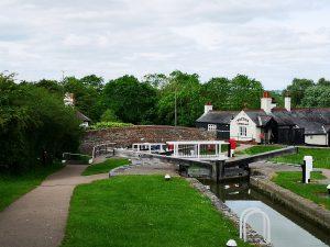 Lower locks Foxton