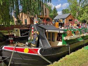 narrowboat set up for trading